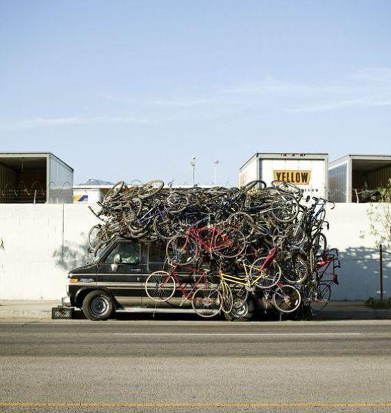 Satu Mobil Banyak Sepeda