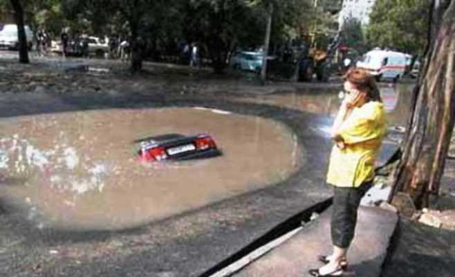Mencuci Mobil Agar Bersih