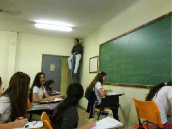 Hukuman Kelas yang Aneh